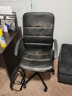 Free office Chair for Sale in Sacramento,  CA