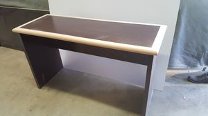 Formica desk for Sale in Los Angeles, CA