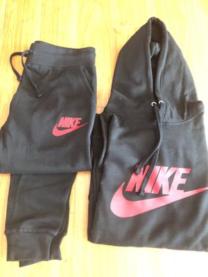Black and Red Nike Hoodie and joggers SIZE:LARGE for Sale in Richardson, TX