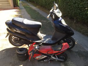Motorcycle Bike Razor PR200 Pocket Rocket for parts or repair for Sale in Monterey Park, CA
