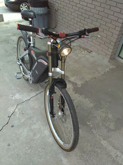 Electric bicycle EVG SX 36volt Excellent condition new lithium battery for Sale in Snellville,  GA