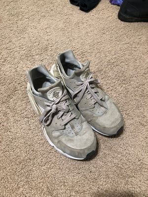 Shoes for Sale in Clovis, CA