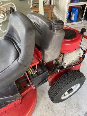 Riding lawn mower, Snapper SR 825 for Sale in Deltona, FL