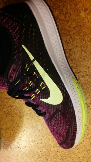 Nike jogging and running shoes. Size 7.5 for men size 9.5 woman. $60 for Sale in Washington, DC