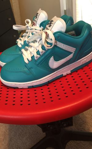 428419d390788d Nike supreme sb size 8 for Sale in Ruskin