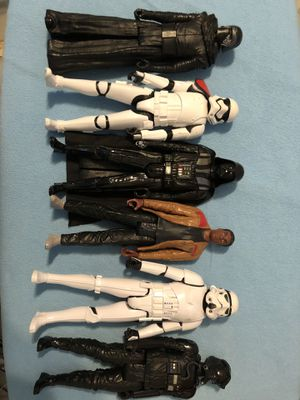 Lot Of 6 Star Wars Action Figures Marvel Comic books for Sale in Bronx, NY