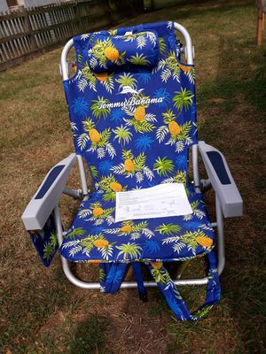 Tommy Bahama Beach chair for Sale in Indianapolis, IN