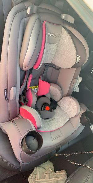 SAFETY 1st 3 IN 1 CAR SEAT for Sale in Green Bay, WI