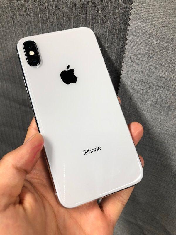 Apple iPhone X 64GB Factory Unlocked