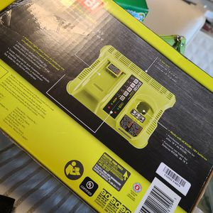 Ryobi Dual Charger for Sale in Miami, FL