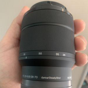 Sony FE 3.5-5.6/28-70 Zoom Lens for Sale in Lake Wales, FL