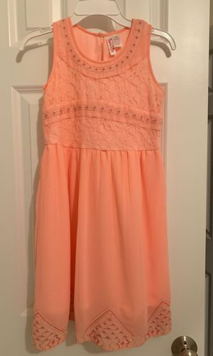 NEW girls size 10 formal dress (never worn) for Sale in Alexandria, VA