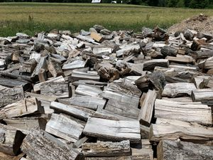 Seasoned Firewood. Full Cords & 1/2 Cords for Sale in Drums, PA