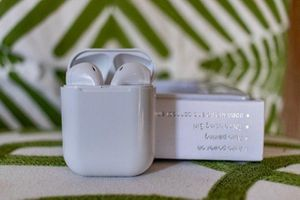 New Wireless Earphones Bluetooth 5.0 for Sale in Los Angeles, CA