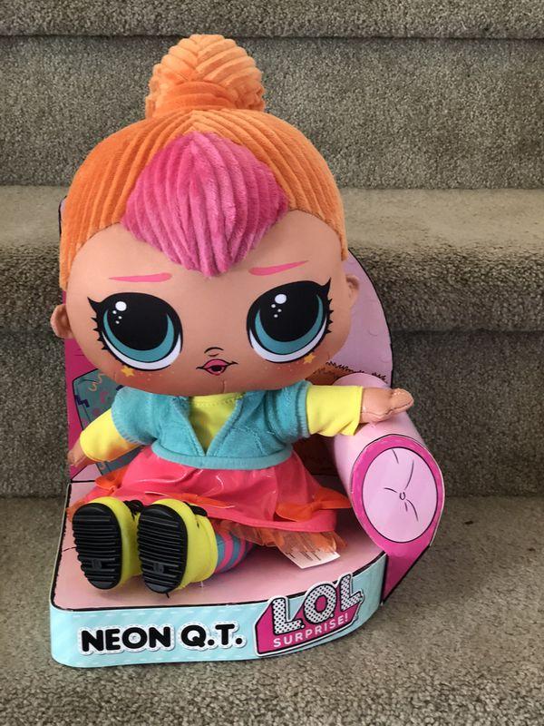 LOL surprise doll NEON Q.T