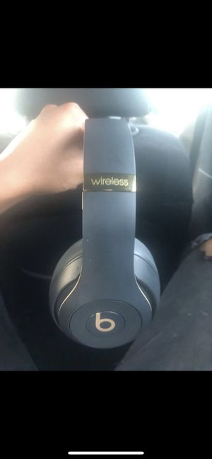 Beats Studio 3 Wireless Skyline Collection for Sale in Plymouth, MN