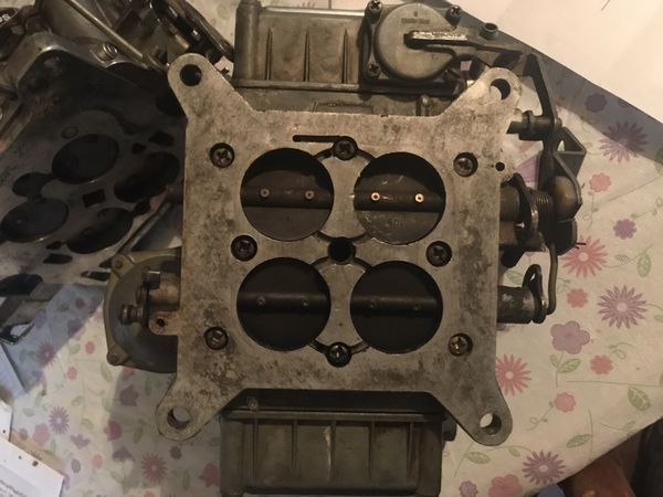 Holly 650 carb