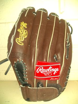 Lefty baseball glove for Sale in Scottsdale, AZ