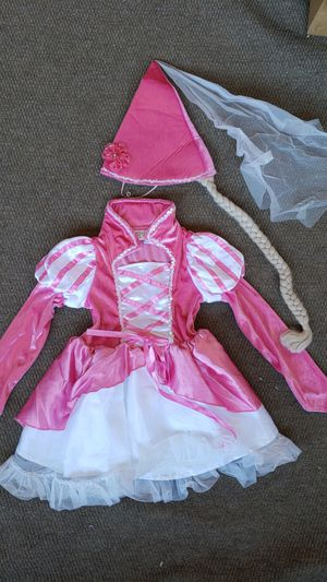 Princess Rapunzel Little Girls Size 5 6 Halloween Costume Dress Up Long Sleeve Pink with Hat and Braid Disney rapunzel for Sale in Las Vegas, NV