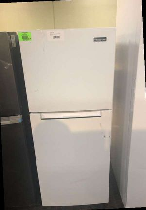 Magic Chef Top Freezer Refrigerator RPF for Sale in Rancho Cucamonga, CA