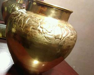 GOLD Flower Pot/Vase for Sale in Cary, NC
