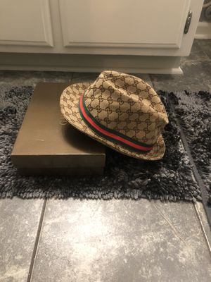 Ladies Gucci Fedora Hat Sz Small for Sale in Hampton, VA