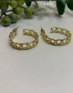 Hollow Out Simple Style Hoop Geometric Trendy Earrings For Women for Sale in Los Angeles, CA