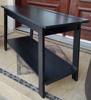 Black Livingroom Coffee Table + 1 Shelf INCLUDED for Sale in Monterey Park, CA