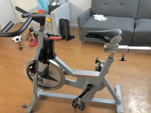 Schwinn IC Pro Indoor Cycling Bike Spin Bike exercise for Sale in Whittier, CA