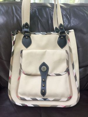 Burberry tote for Sale in Kirkland, WA