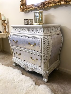 Bombay 2-drawers accent dresser for Sale in Purcellville, VA