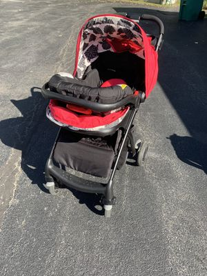 Graco (Azalea) Girls Stroller, Car seat and Base for Sale in Canandaigua, NY