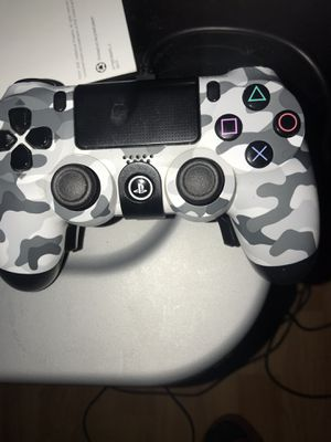 Ps4 controller with elite panels and charger for Sale in Dallas, TX