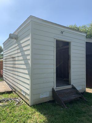 Large wood shed for Sale in Carrollton, TX