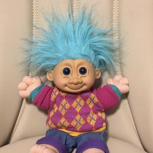 "VINTAGE RUSS 1990' EXTRA LARGE TROLL DOLL 17"" for Sale in Sloan, NV"