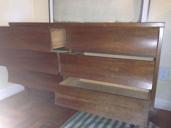 Mid century modern Johnson carper six drawer dresser credenza side board side table