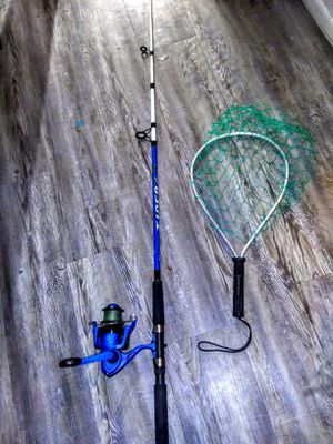Shakespeare Tiger Rod and Reel woth Landing Net for Sale in Chandler, AZ