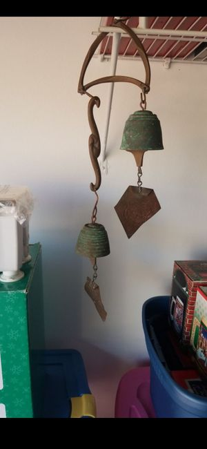 VINTAGE PAOLO SOLERI BRONZE PATINA WIND BELL CAST BRONZE CHIMES! for Sale in Delray Beach, FL