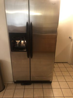 Whirlpool stainless steel me appliances for Sale in North Las Vegas, NV