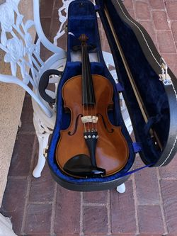 3/4 Violin Look Like New Great Sound for Sale in Sylmar,  CA