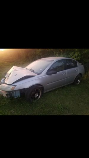 05 SATURN ION PARTING OUT FOR PARTS for Sale in Pearland, TX