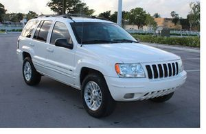 Very Good 2004 Jeep Grand Cherokee AWDWheels for Sale in Plano, TX