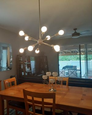 Dining room table and chairs for Sale in Orlando, FL