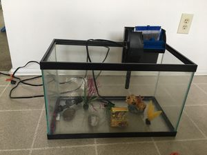 10 gallon???? Aquarium EVERYTHING you need. for Sale in Baltimore, MD
