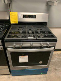 "New Whirlpool Stainless 30"" Gas Range!1 Year Manufacturer Warranty Included! for Sale in Chandler, AZ"