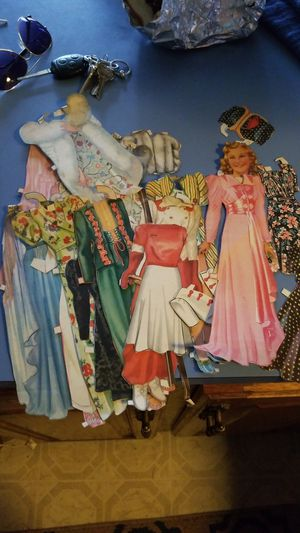 Antique paper doll. for Sale in Ellendale, DE