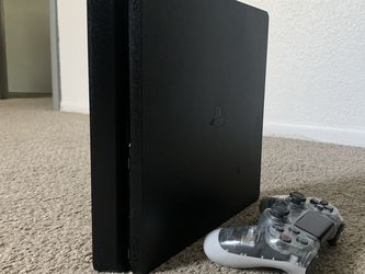 PlayStation 4 1TB Works Normal, Look Like New for Sale in Orlando,  FL