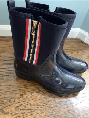 Women's Tommy Hilfiger Rain Boots Navy blue size 10 EUC for Sale in Dix Hills, NY
