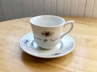 Teacup & Saucer for Sale in Worcester,  MA