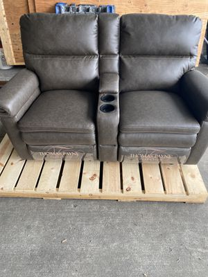 RV THEATER SEATING for Sale in Tacoma, WA